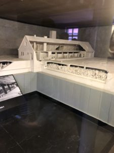 Model of Gas Chambers