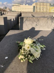 Flowers to honor the dead